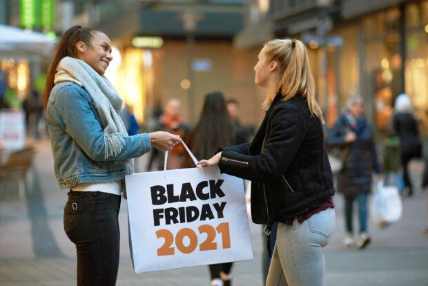 Black Friday Shopping 2021 1 (©blackfriday.de)